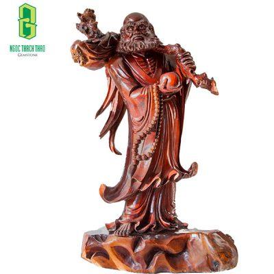 Hình ảnh tượng Đạt Ma sư tổ với 1 chiếc giày