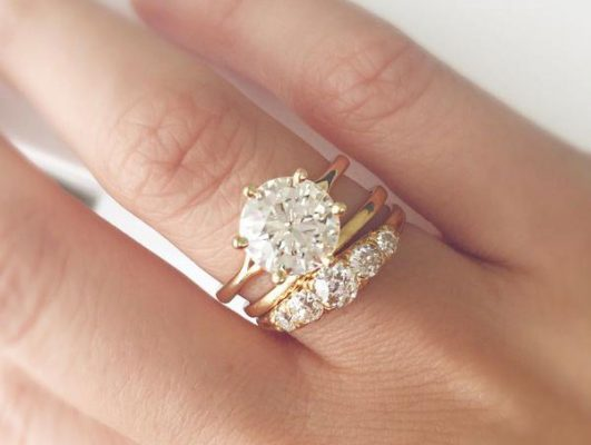 Hình: nhẫn cưới kim cương