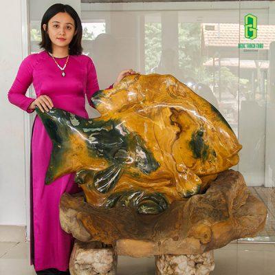 Tượng cá chép đá Canxedon tại Ngọc Thạch Thảo