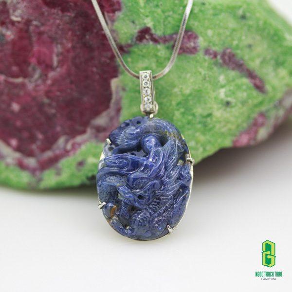 Mặt dây chuyền rồng đá Sapphire