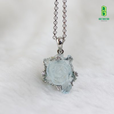 Mặt dây chuyền Hoa mẫu đơn đá Aquamarine