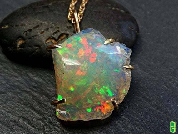 Cách bảo quản các trang sức đá Opal