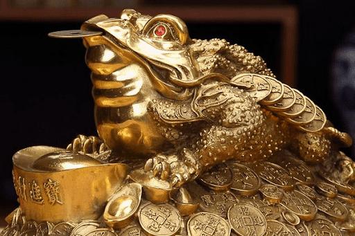 Hướng dẫn khai quang cóc vàng đúng phong thủy