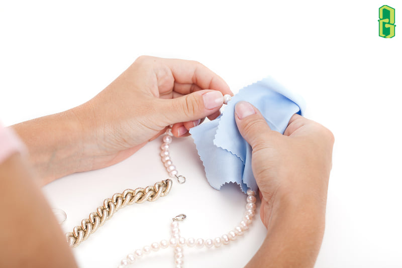 Cách Bảo Quản Và Làm Sạch Trang Sức Ngọc Trai